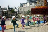 [東新宿 認証園]新宿6丁目再開発エリア隣接☆グローバルに活躍する子どもを育てる☆福利厚生充実です♪駅チカ徒歩5分!