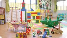 【兵庫県・山本駅】★「かぐや姫」をテーマにしたルームは、駅からも近く便利な立地です!屋上には専用の園庭もあり、こちらからは宝塚を一望できる好環境です◎夏にはプール遊びも♪