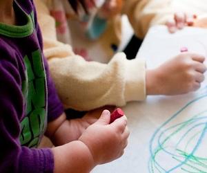 [代官山 プレスクール] 幼児教育に興味のある方必見☆月給 245,000円~◎多彩なカリキュラムで子ども達を伸ばす保育!年間休日120日以上☆