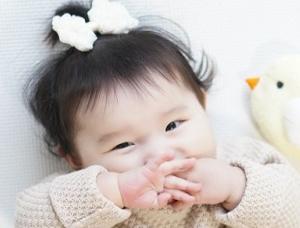 [新横浜 院内]土日祝はお休み♪  自転車通勤OK!0~2歳の乳児をお預かりしている保育園☆アットホームな雰囲気です☆