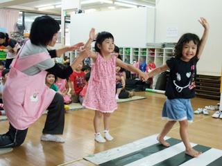 [橋本 認定保育室]職員も子ども元気をモットーとしています!働きやすさ◎