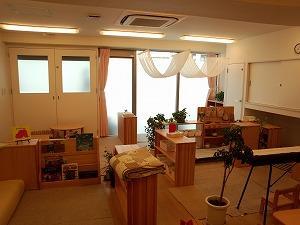 [武蔵新城 認可園]定員30名程度の小規模認可園です。自分の家にいる様な家庭的であたたかい雰囲気を大切にしています!